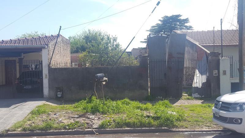 Foto Terreno en Venta en  Jose Marmol,  Almirante Brown  AMENEDO 3485