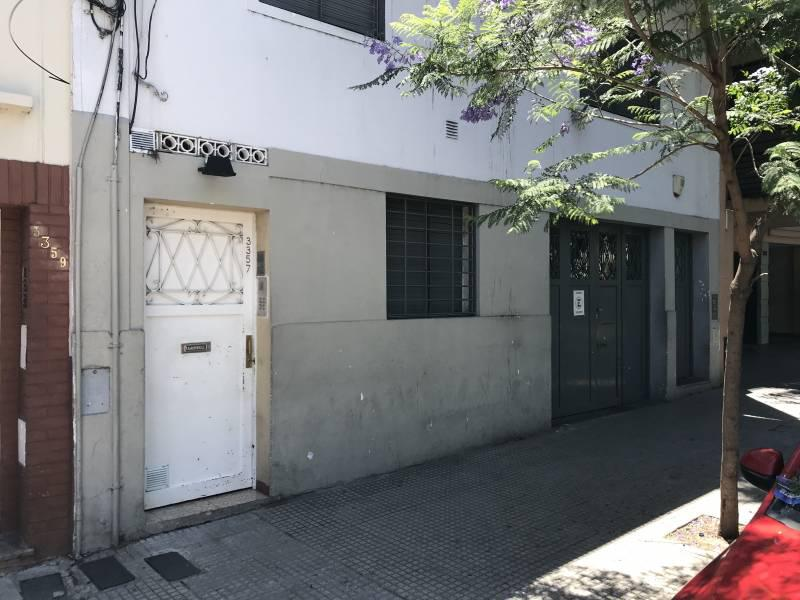 Foto PH en Venta en  Almagro ,  Capital Federal  Agrelo al 3300