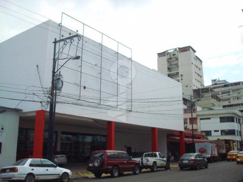 Foto Local en Venta en  Centro de Guayaquil,  Guayaquil  Vendo alquilo Local Comercial en la Zona de Parque Centenario en Guayaquil