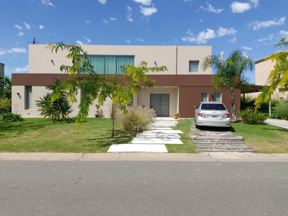 Foto Casa en Venta en  El Encuentro,  Countries/B.Cerrado (Tigre)  Barrio cerradoEl   Encuentro