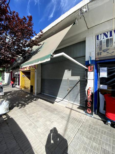Foto Local en Alquiler en  Área Centro Sur,  Capital  Lainez al 200