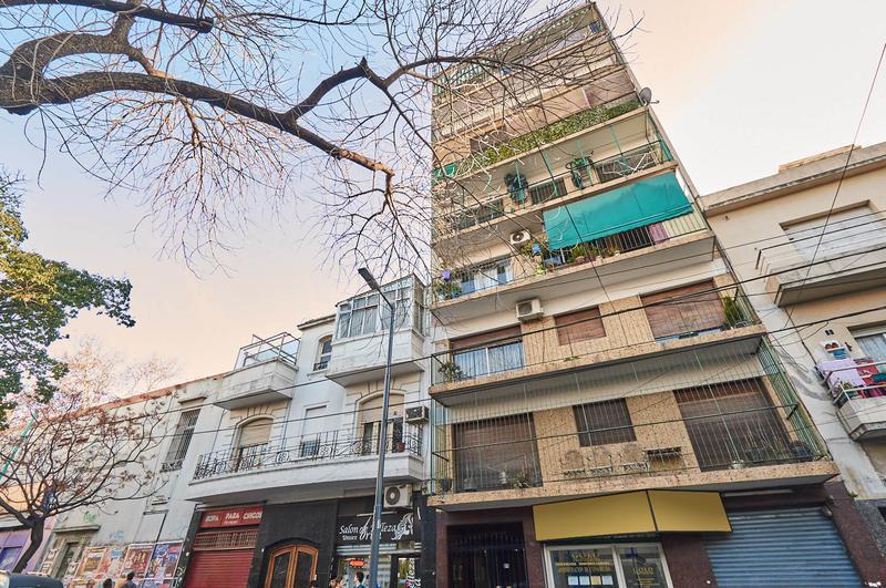 Foto Departamento en Venta en  Flores ,  Capital Federal  Terrada y Av. Rivadavia