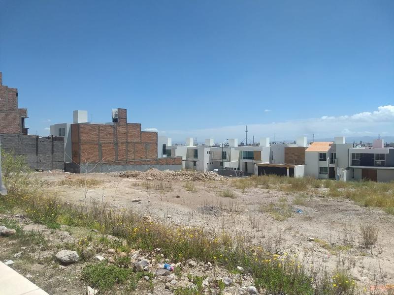 Foto Terreno en Venta en  Villa Magna,  San Luis Potosí  TERRENO HABITACIONAL EN VENTA EN VILLAMAGNA, SAN LUIS POTOSI