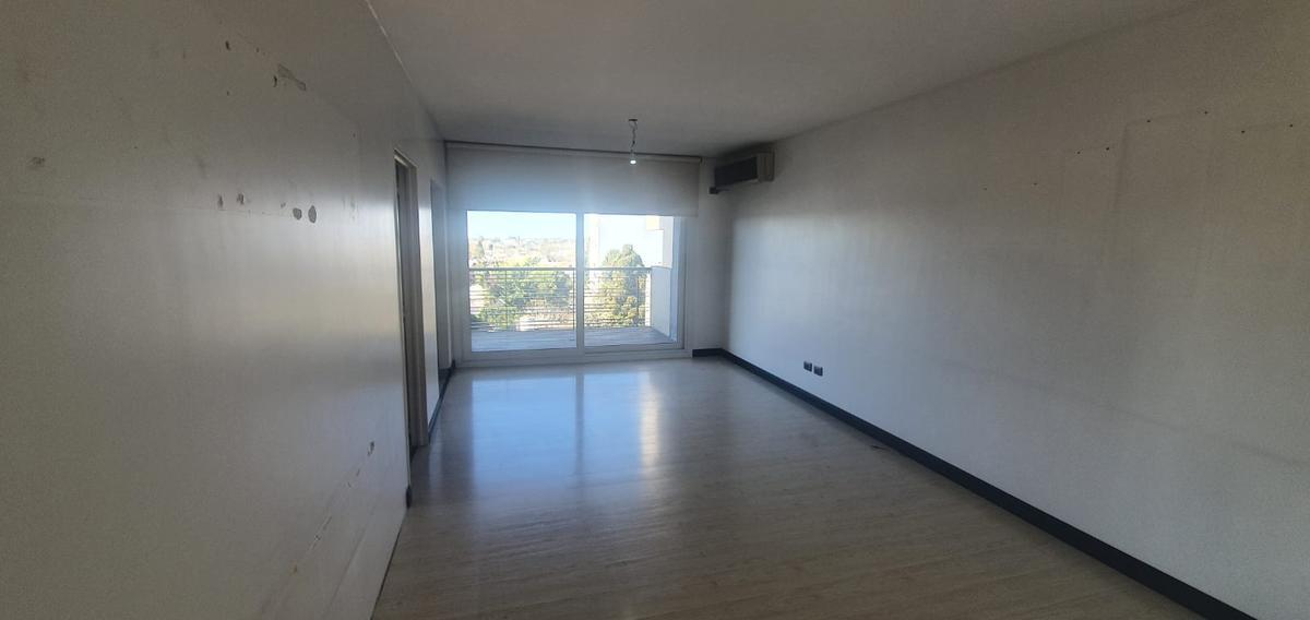 Foto Departamento en Venta en  Berazategui,  Berazategui  calle 151  1351