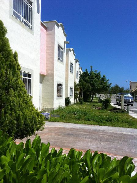 Foto Casa en Venta en  Supermanzana 77,  Cancún  Supermanzana 77