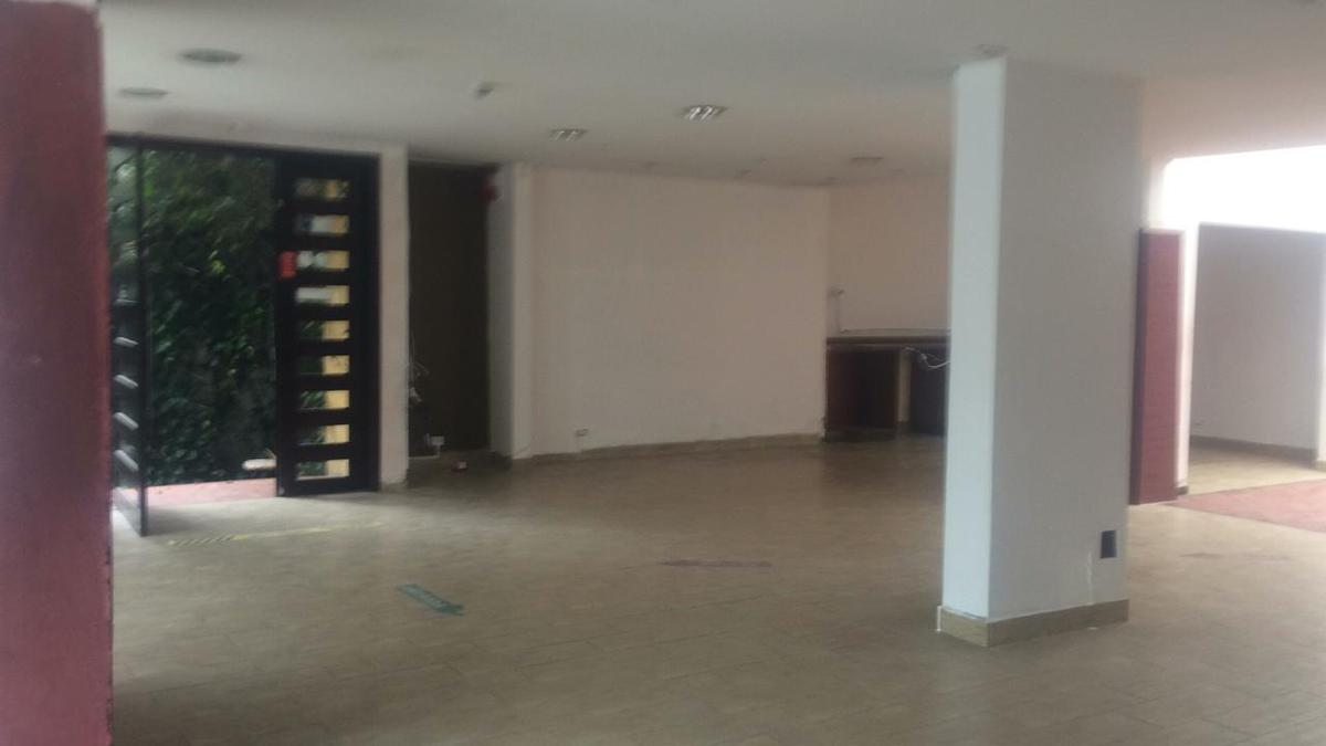 Foto Local Comercial en Alquiler en  Centro Norte,  Quito  AV. CORUÑA Y SAN IGNACIO