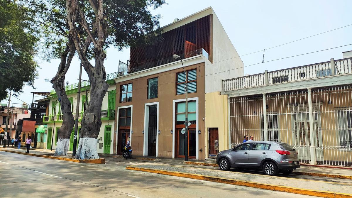 Foto Oficina en Alquiler en  Barranco,  Lima  Avenida Pedro de Osma Ofic. 401