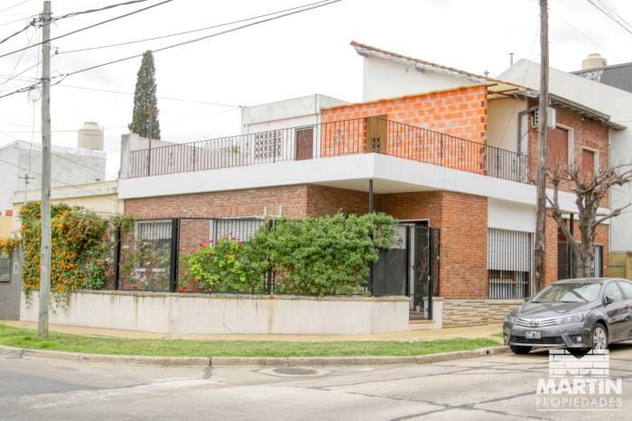 Foto Casa en Venta en  Olivos,  Vicente López  Chacabuco al 3700