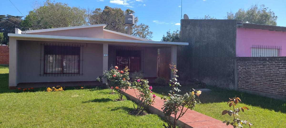 Foto Casa en Venta en  Merlo ,  G.B.A. Zona Oeste  Famatina al 400