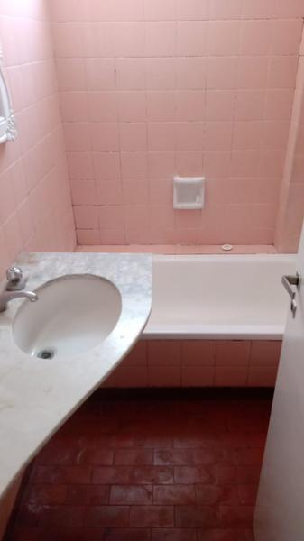 Foto Departamento en Alquiler en  Lomas de Zamora Oeste,  Lomas De Zamora  Laprida 564 8° A