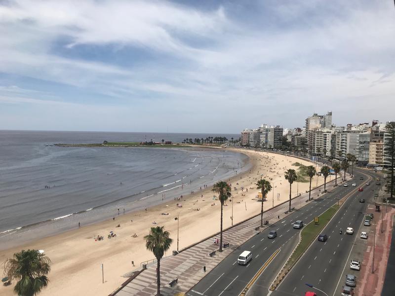 Foto Departamento en Alquiler | Venta en  Pocitos ,  Montevideo  POCITOS RAMBLA  3 DORM. Y SERVICIO
