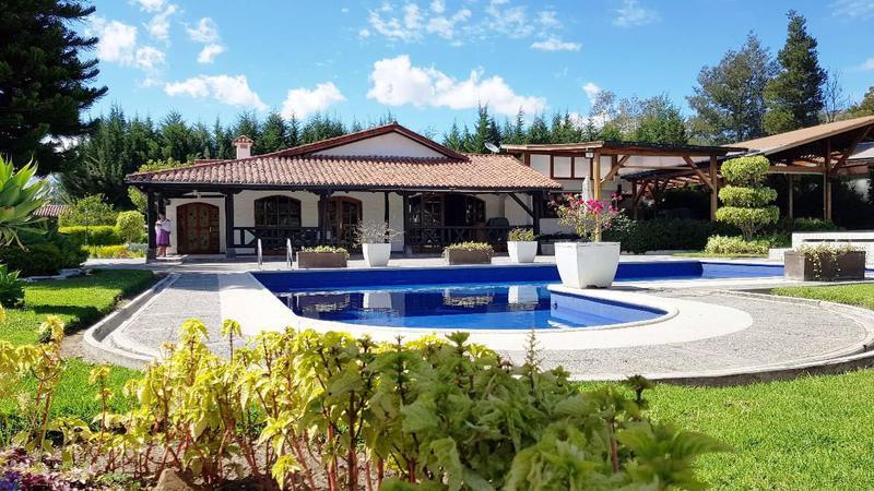 Foto Quinta en Venta en  Tumbaco,  Quito  Tumbaco