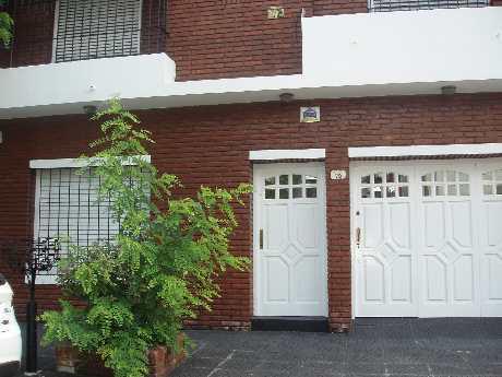 Foto Casa en Venta en  Piñeyro,  Avellaneda  Carabelas 79