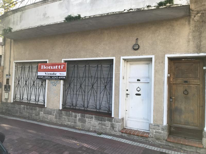Foto PH en Venta en  Lomas de Zamora Oeste,  Lomas De Zamora  RIVERA 791  e/Alvear y San Martin