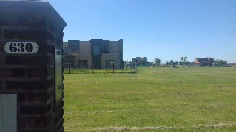 Foto Terreno en Venta en  El Canton,  Countries/B.Cerrado (Escobar)  Barrio Norte al 600