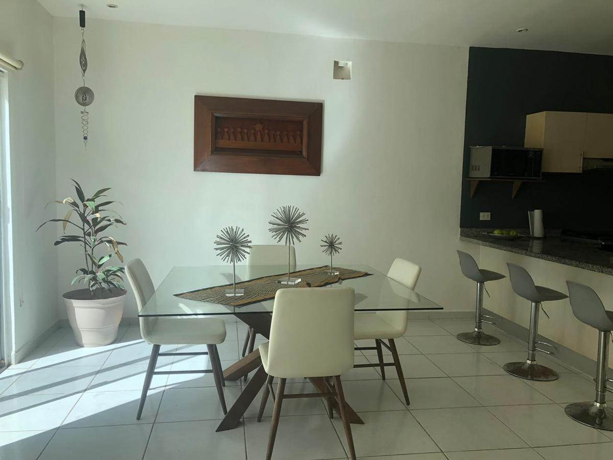 Foto Casa en Venta en  Supermanzana 316,  Cancún  CASA EN VENTA EN CANCUN EN RESIDENCIAL LONG ISLAND