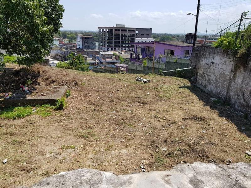 Foto Terreno en Venta |  en  Centro,  Tuxpan  TERRENO EN VENTA