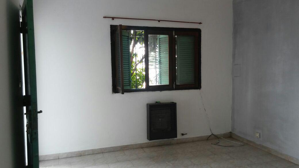 Foto Casa en Venta en  Patricios,  Cordoba  Medina y Torres al 3700