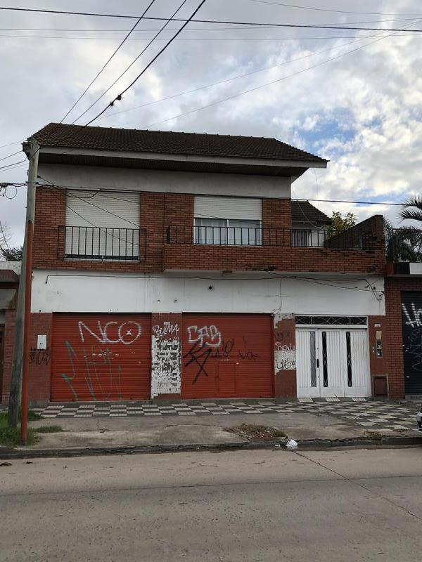 Foto Departamento en Venta en  Monte Grande,  Esteban Echeverria  Alem al 1200