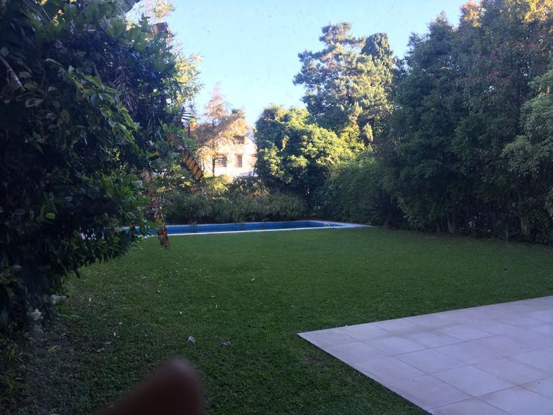 Foto Casa en Venta en  Olivos,  Vicente Lopez  RIOJA al 2200