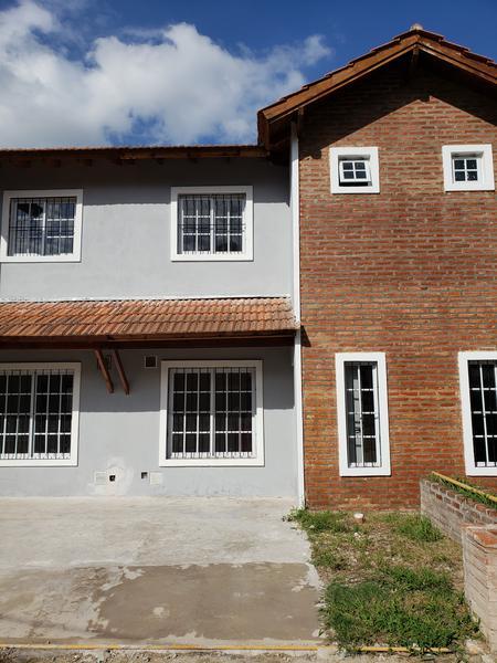 Foto Casa en Alquiler en  Jose Clemente Paz,  Jose Clemente Paz  Capitan Martinez al 100