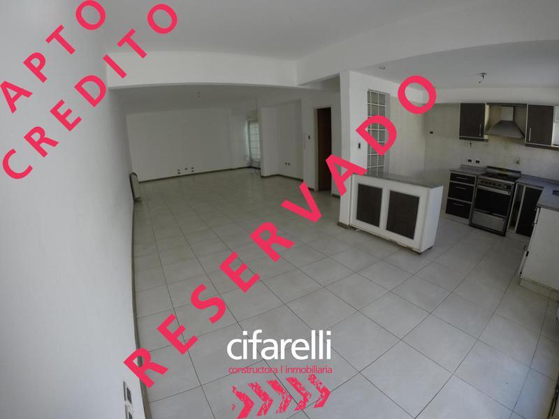 Foto Casa en Venta en  Parque Avellaneda ,  Capital Federal  LAGUNA 1000