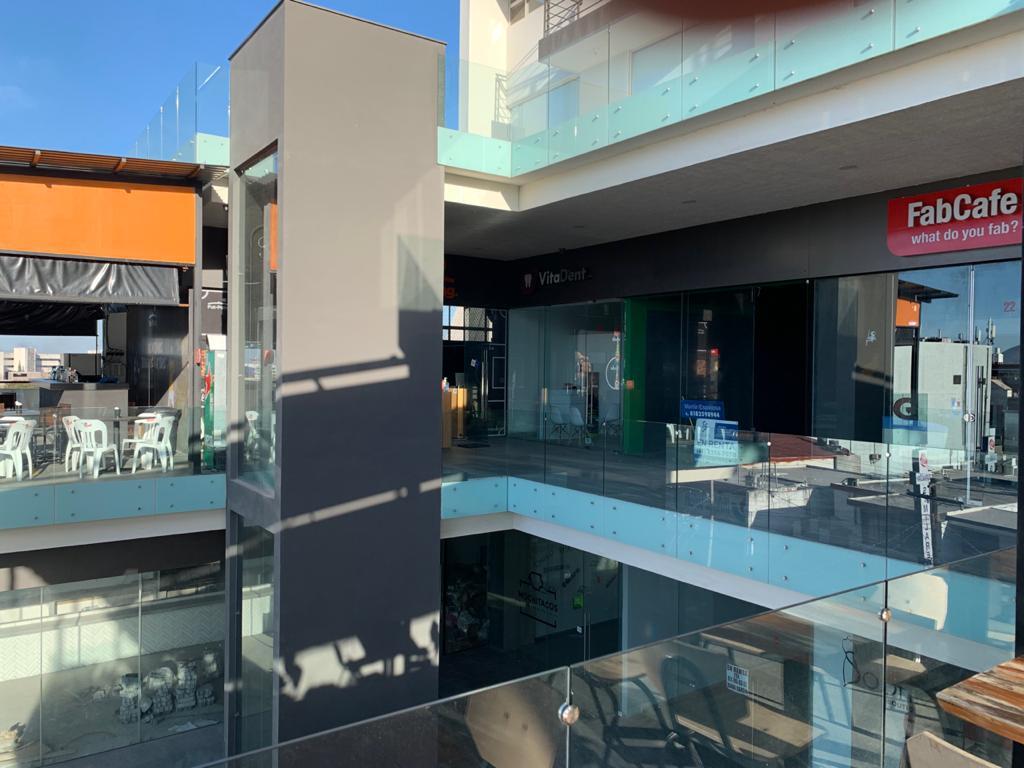 Foto Local en Renta en  Tecnológico,  Monterrey  RENTA DE LOCAL COMERCIAL ZONA TEC MONTERREY MANTENIMIENTO INCLUIDO