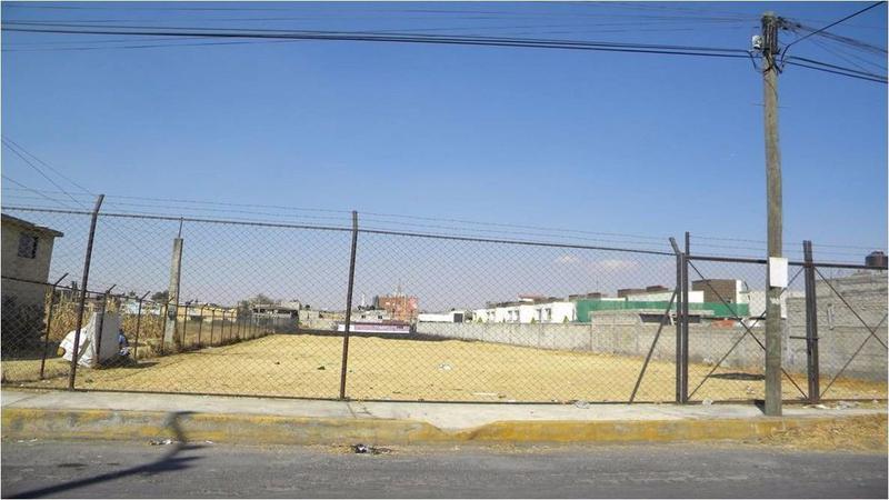 Foto Terreno en Renta en  Santa Ana TlapaltitlAn,  Toluca  TERRENO EN RENTA TOLUCA