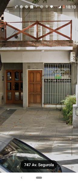 Foto Local en Alquiler en  Floresta ,  Capital Federal  Segurola al 700, local en cruce de Avds.