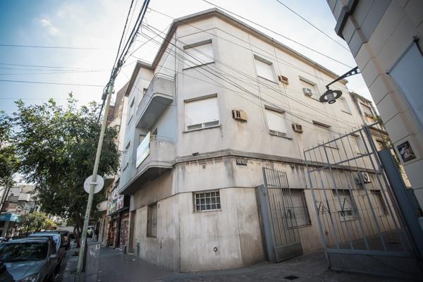 Foto Departamento en Venta en  Flores ,  Capital Federal  Cnel. Ramón L. Falcón al 2400