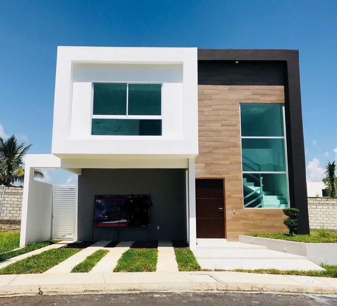 Foto Casa en Renta en  Alvarado ,  Veracruz  LOMAS DE LA RIOJA, Casa en RENTA con recámara en Planta Baja