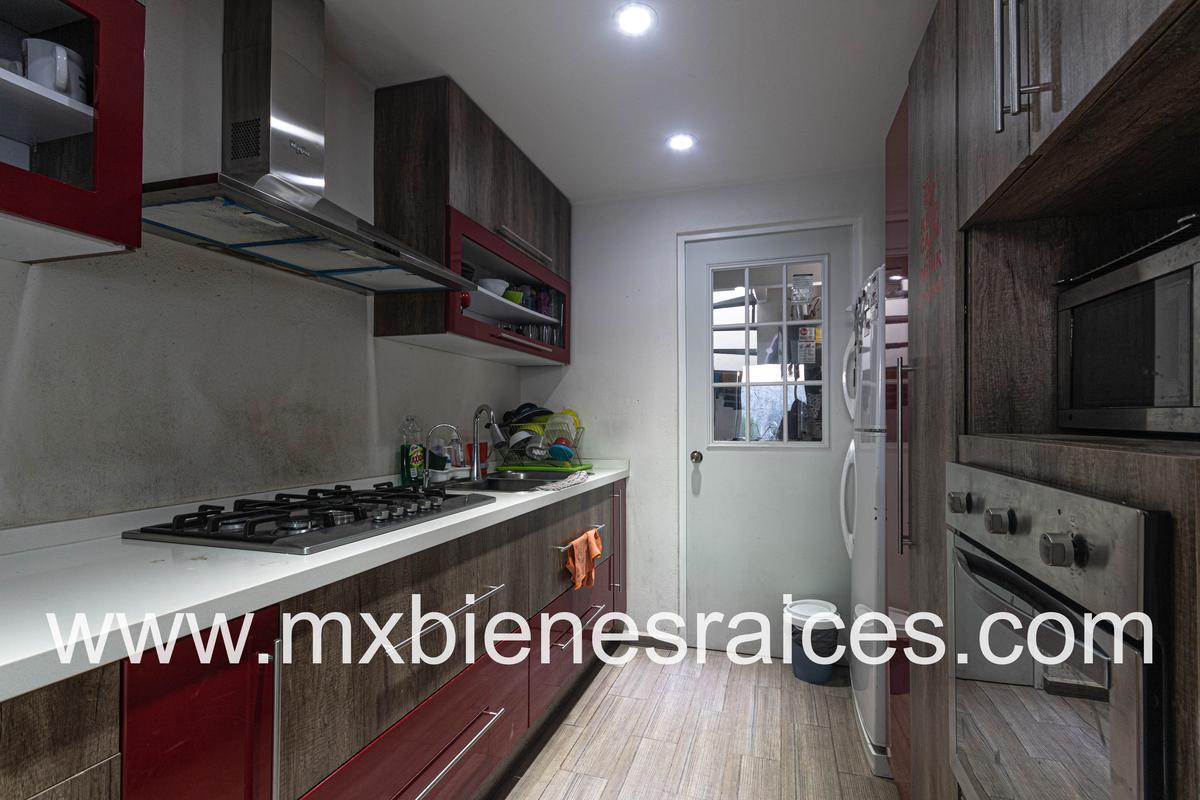 Foto Casa en Venta en  Bosque Real,  Huixquilucan  Linda casa en Puerta del Sol, Bosque Real