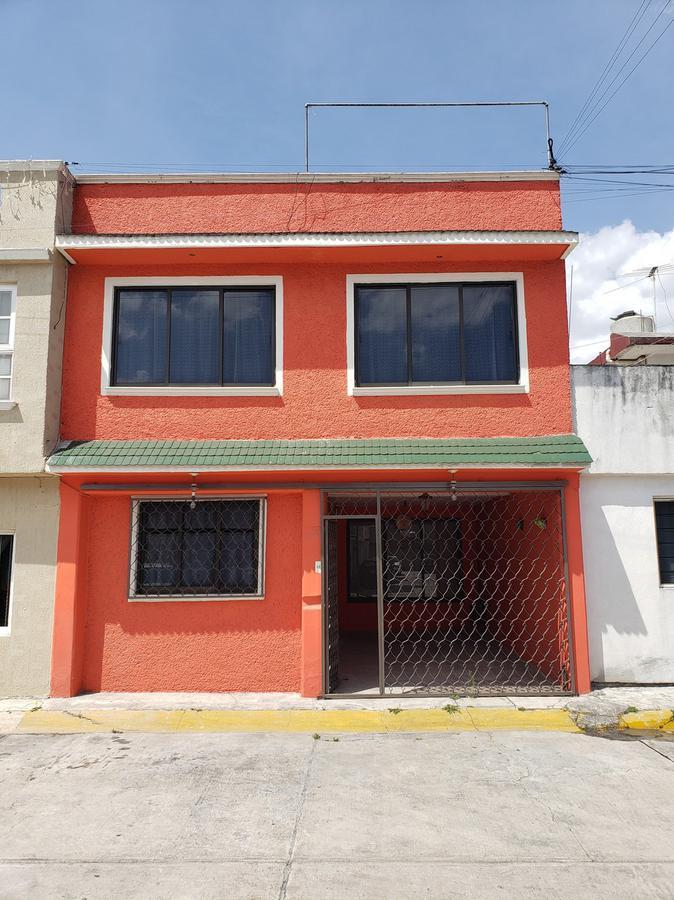 Foto Casa en Venta en  San Lorenzo TepaltitlAn Centro,  Toluca  AV PINOS Nª15