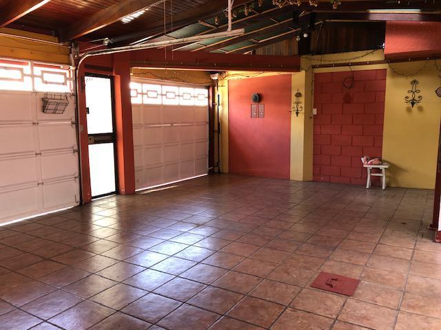Foto Casa en Venta en  Mata Redonda,  San José  Sabana Sur/ Casa Unifamiliar/ Seguridad/ Apartamento de 3 habitaciones