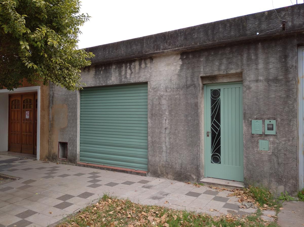 Foto Local en Alquiler en  Belgrano,  Rosario  BARRA al 1500