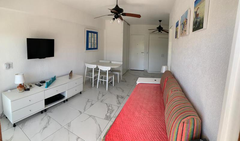 Foto Departamento en Alquiler temporario en  Pinamar ,  Costa Atlantica  Burriquetas 1200 - Edificio Posta 2