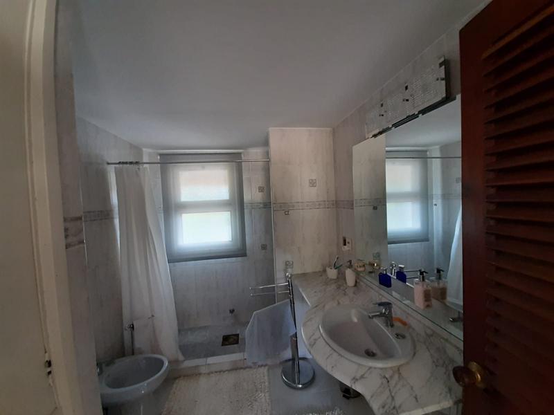 Foto Casa en Venta en  Cantegril,  Punta del Este  Casa en Venta con 300 m2 edificados en CANTEGRILL.