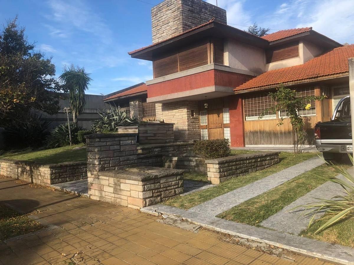 Foto Casa en Venta en  Ramos Mejia Sur,  Ramos Mejia  Gobernador Costa al 100