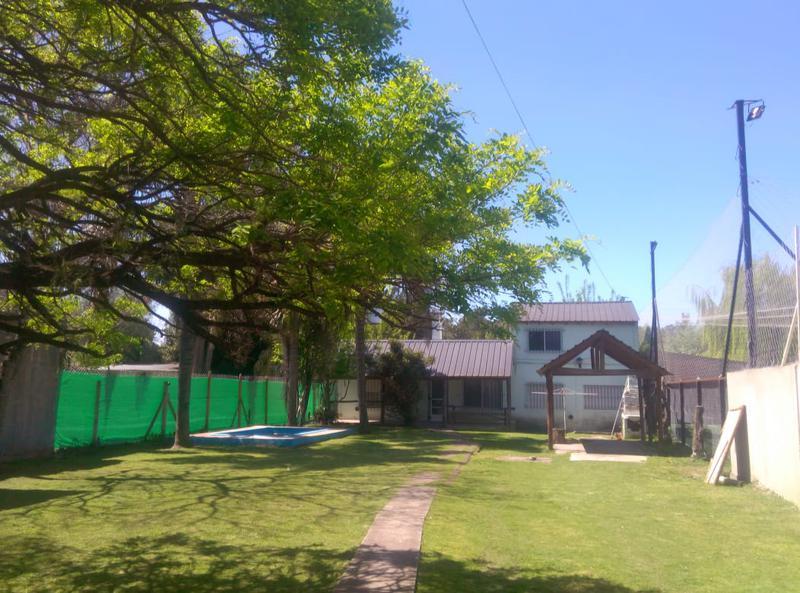 Foto Quinta en Alquiler en  Francisco Alvarez,  Moreno                  Wilde al 500    quinta    - Pileta