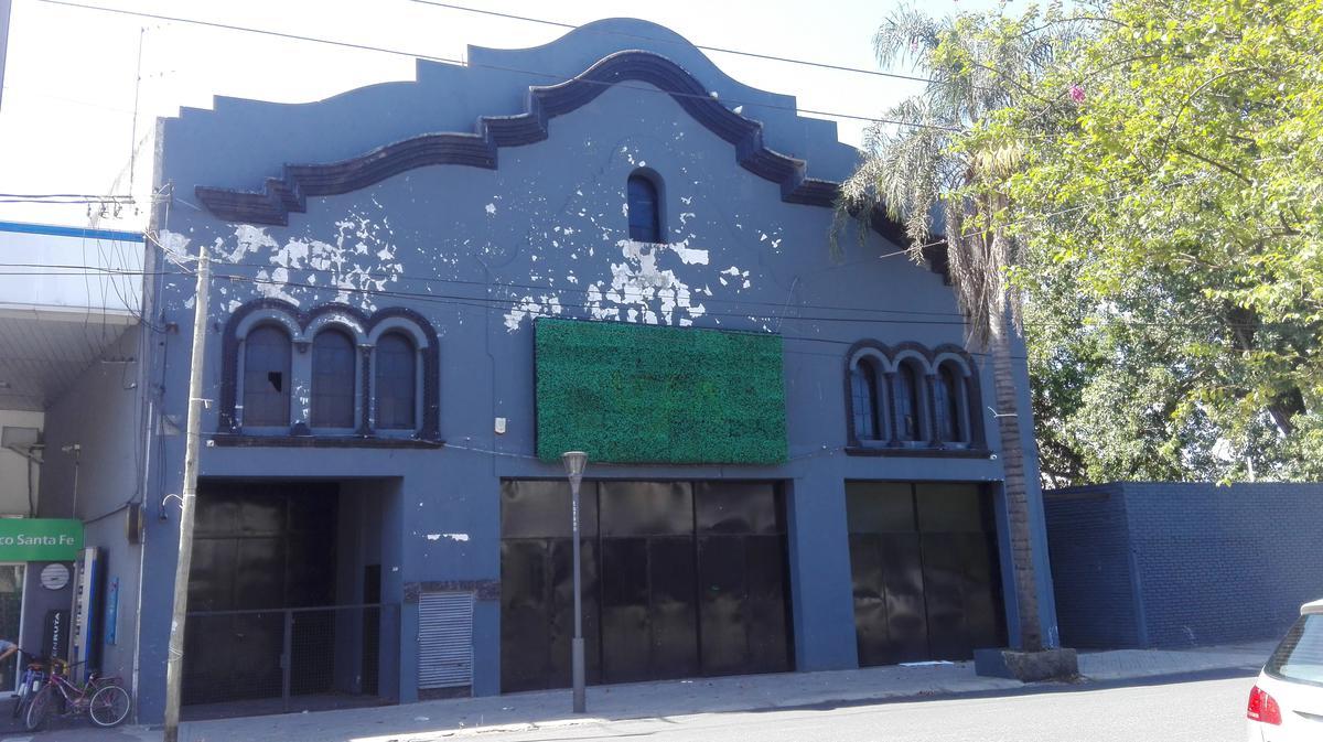 Foto Local en Alquiler en  Rosario ,  Santa Fe  Mendoza al 5000