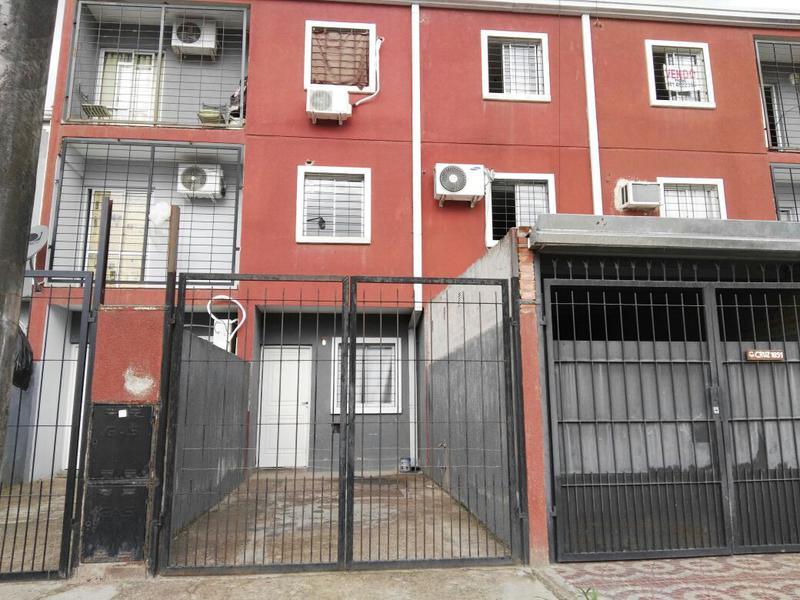 Foto Departamento en Venta en  San Miguel De Tucumán,  Capital  Godoy Cruz esq. Tagle P:B  C/ Cochera