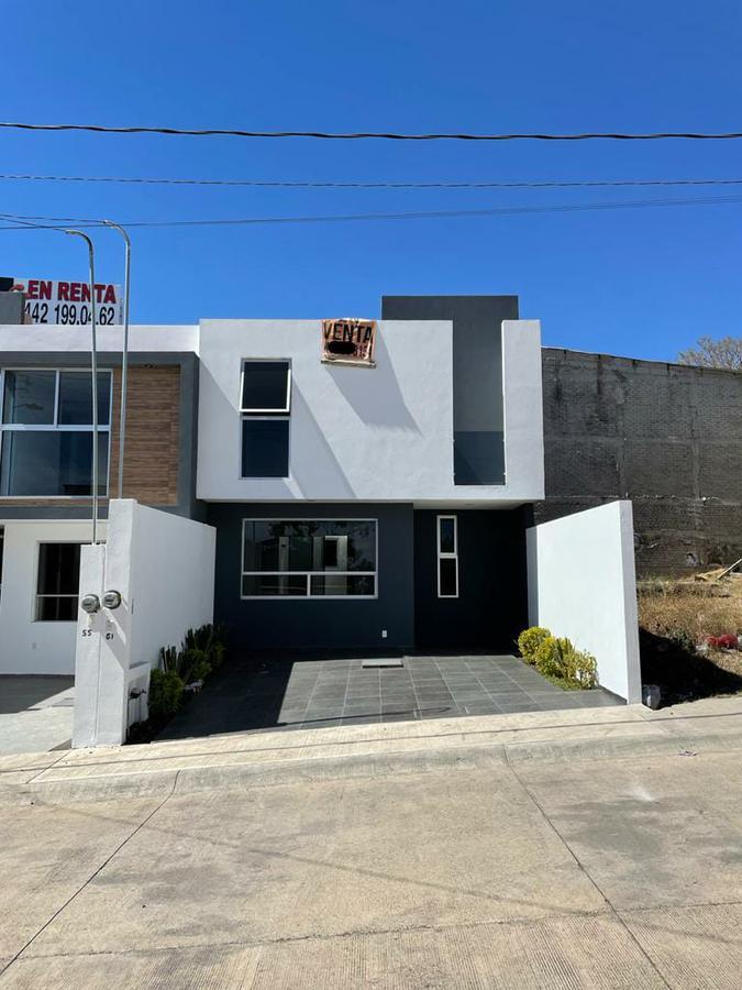 Foto Casa en Venta en  Morelia ,  Michoacán  SOBRE AV. MADERO FRACC. CAMPOS ELÍSEOS