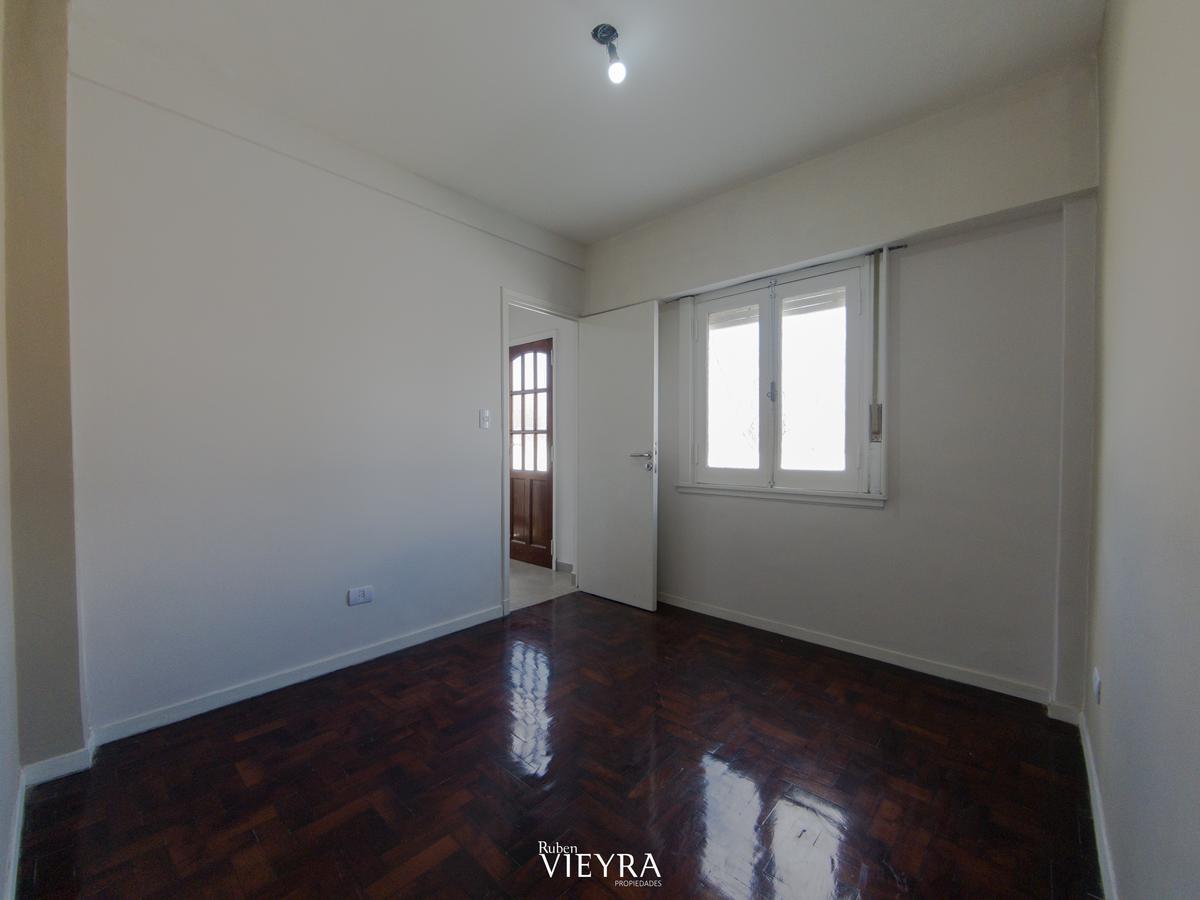 Foto PH en Venta en  Villa Devoto ,  Capital Federal  Nogoya al 5000