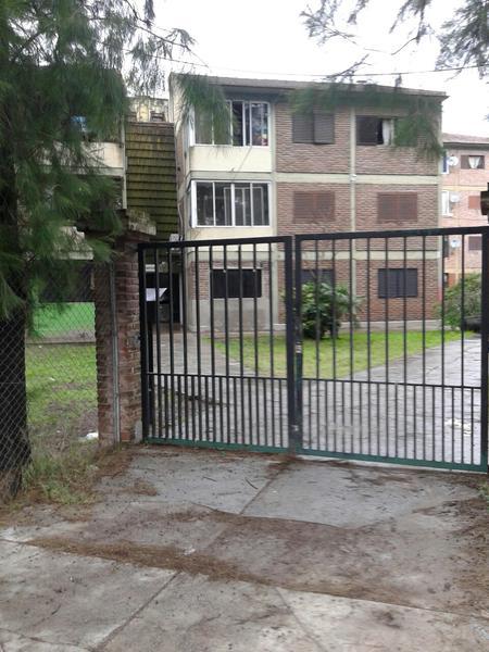Foto Departamento en Venta en  Ezeiza ,  G.B.A. Zona Sur  Uruguayana al 500