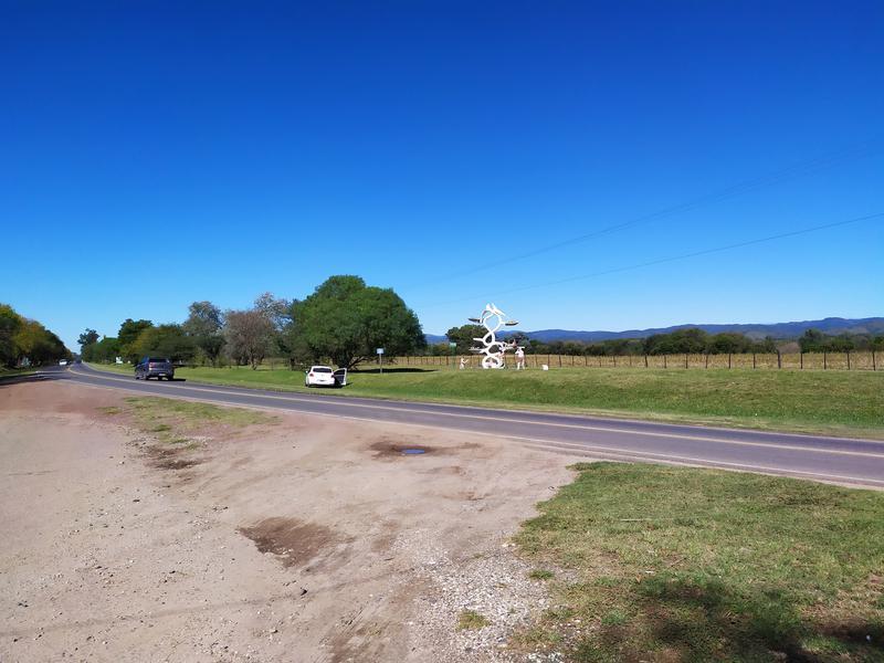 Foto Terreno en Venta en  Alta Gracia,  Santa Maria  Lote en venta sobre Ruta 5 - Alta Gracia