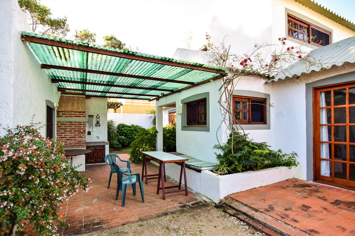 Foto Casa en Venta | Alquiler | Alquiler temporario en  Montoya,  La Barra  Montoya