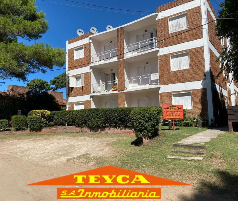 Foto Departamento en Venta en  Duplex,  Pinamar  De las Medusas 1126 E/ Centauro y V. Fertil