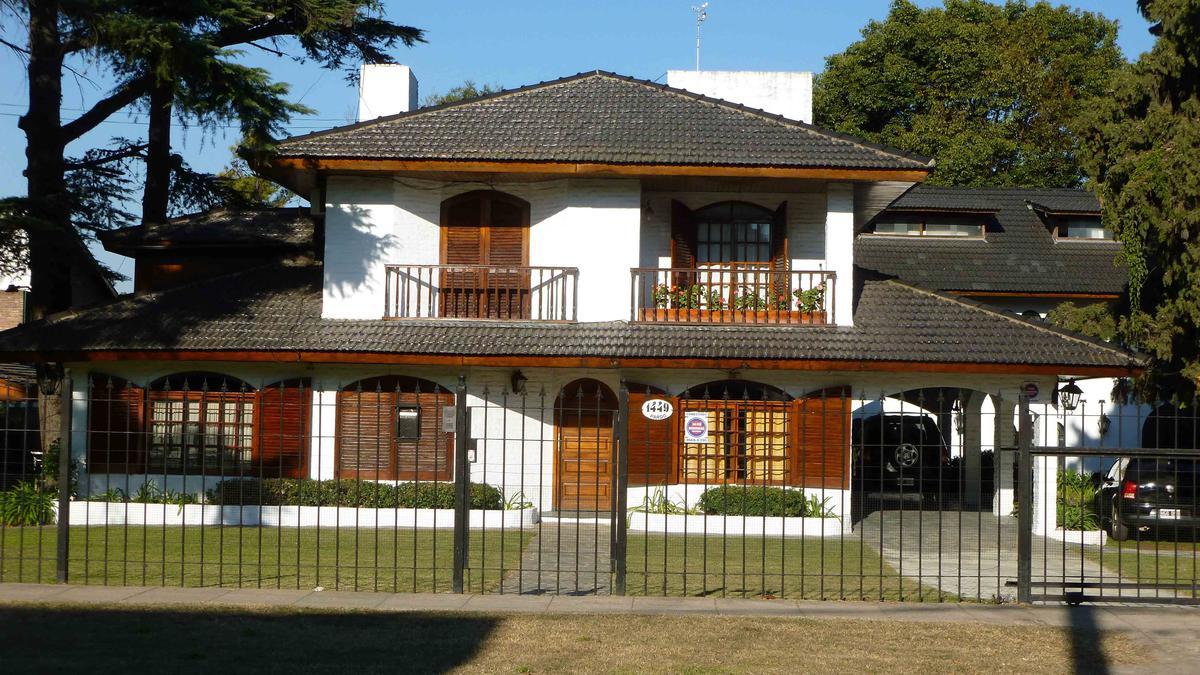 Foto Quinta en Venta en  Bella Vista,  San Miguel  PARDO al 1400