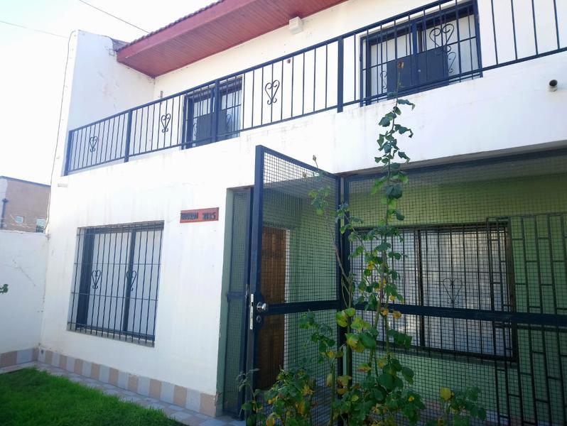 Foto Casa en Alquiler en  Neuquen,  Confluencia  ELORDI al 2000