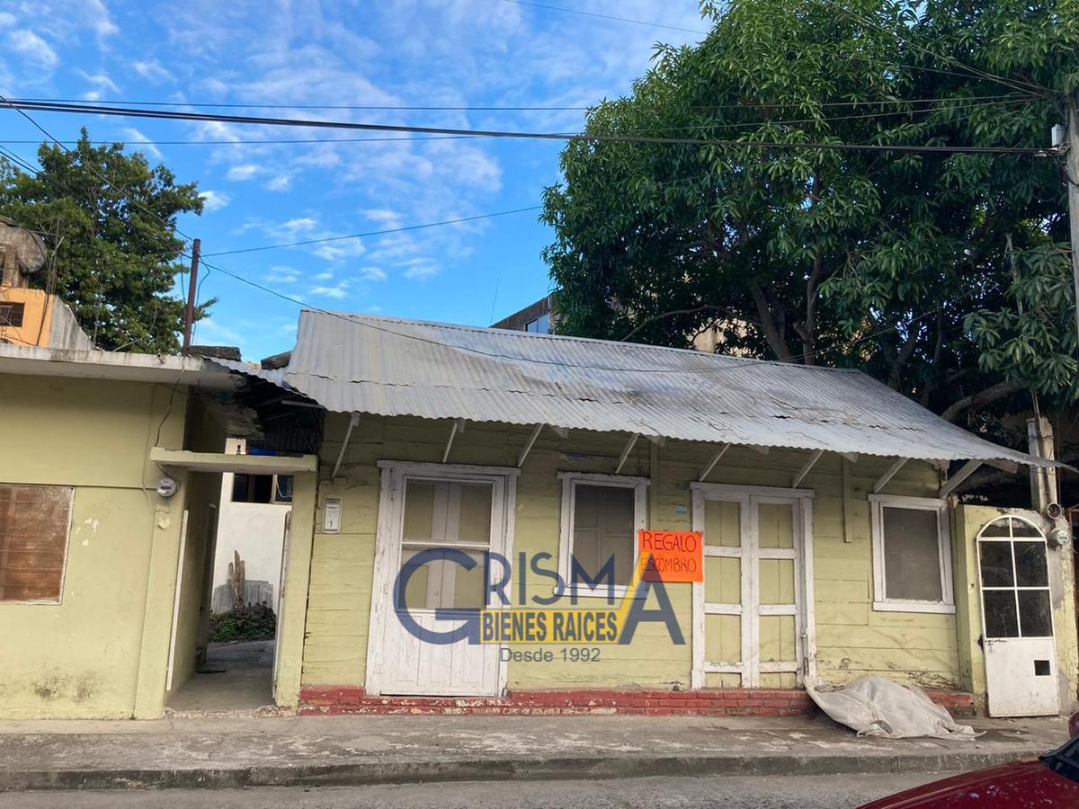 Foto Casa en Venta en  Centro,  Tuxpan  CASA EN VENTA CON LOCAL AL FRENTE